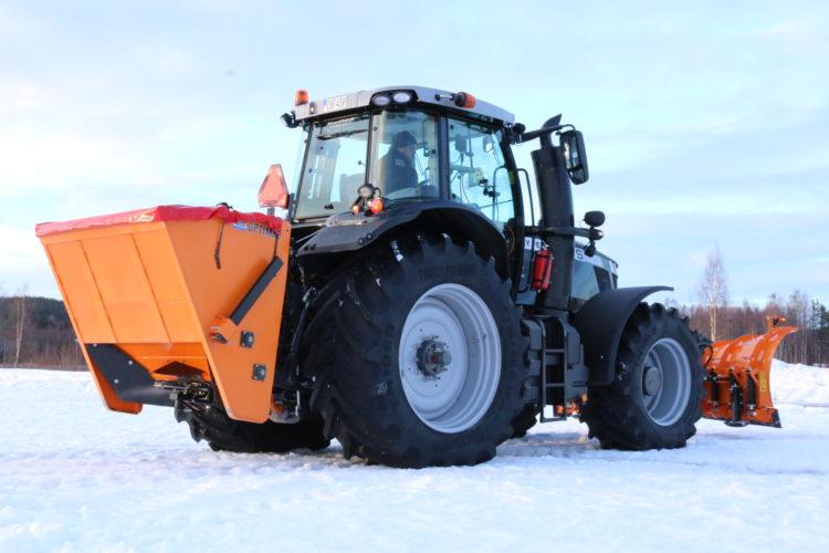 Saleuses pour tracteurs et tractées